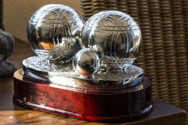 "Pokal ""Zwei Boules"""